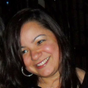 Emi Morais - Editora Charme